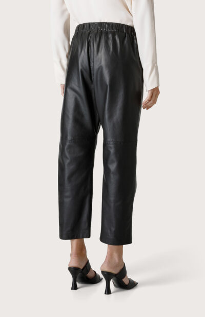 SEVENTY - PT1053 - Leather trousers - 002